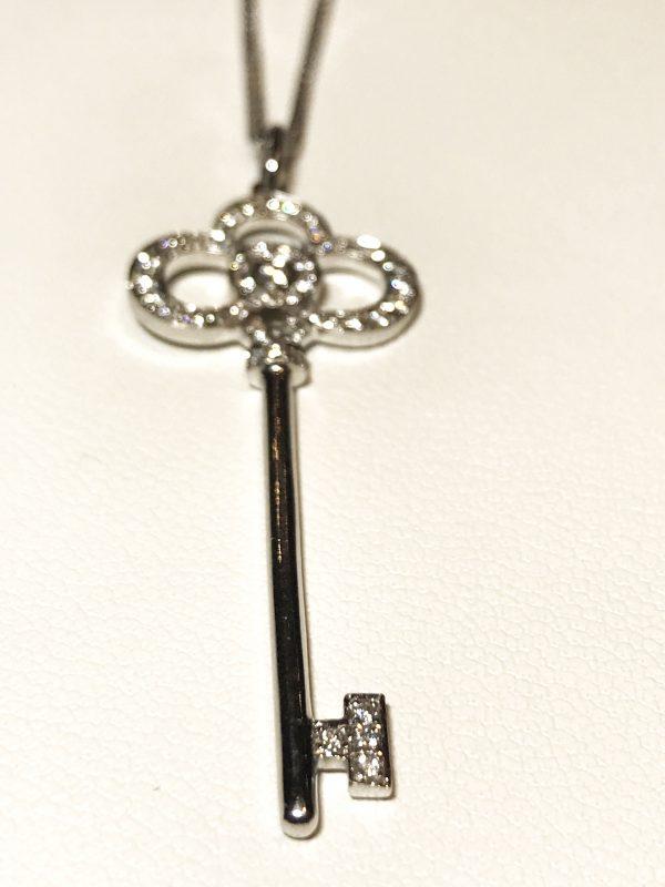 Подвеска - ключик с бриллиантами