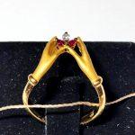 """Кольцо Сarrera y Сarrera """"Руки"""" с бриллиантами и рубинами"""